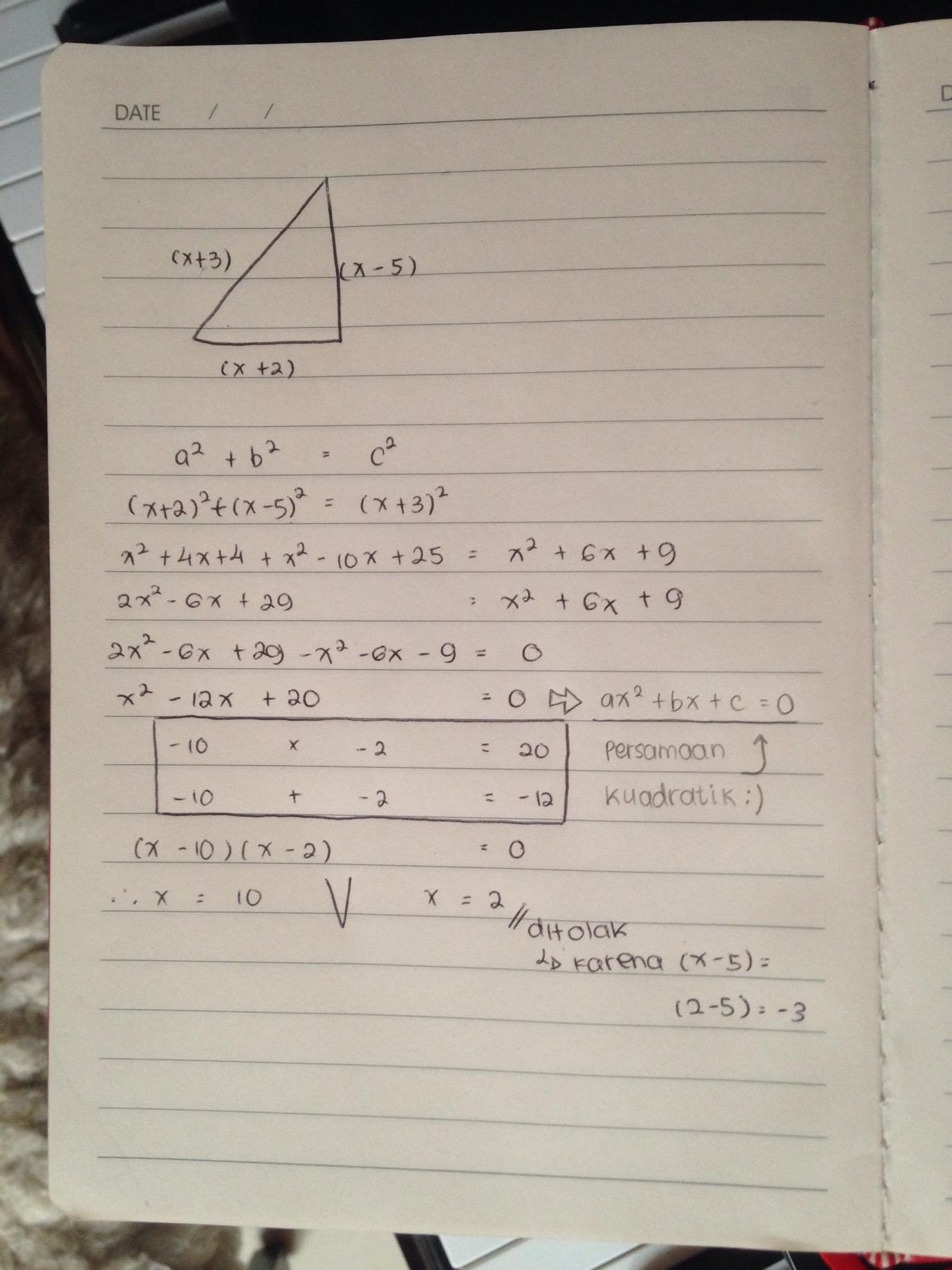 Ini cara faktorisasi lain untuk memecahkan persamaan kuadratik, untuk mencari x. Ini adalah pelajaran aljabar. Kalau kamu masih kurang ngerti gimana kita bisa cari nilai x-nya, silahkan belajar lebih lanjut konten revisi materi di bagian Mapel kita http://www.mejakita.com/materi/index/8